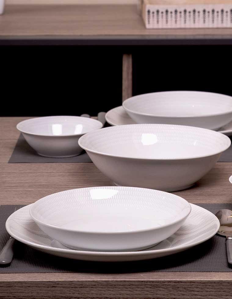 service de table pearl blanc 15 pi ces casa square. Black Bedroom Furniture Sets. Home Design Ideas