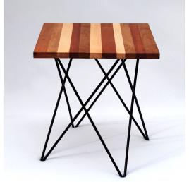 Table Basse carrée TRAPEZE en bois et métal noir