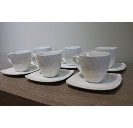 Service à café Classique en porcelaine
