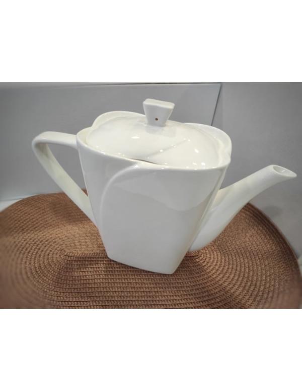 Théière en porcelaine blanc