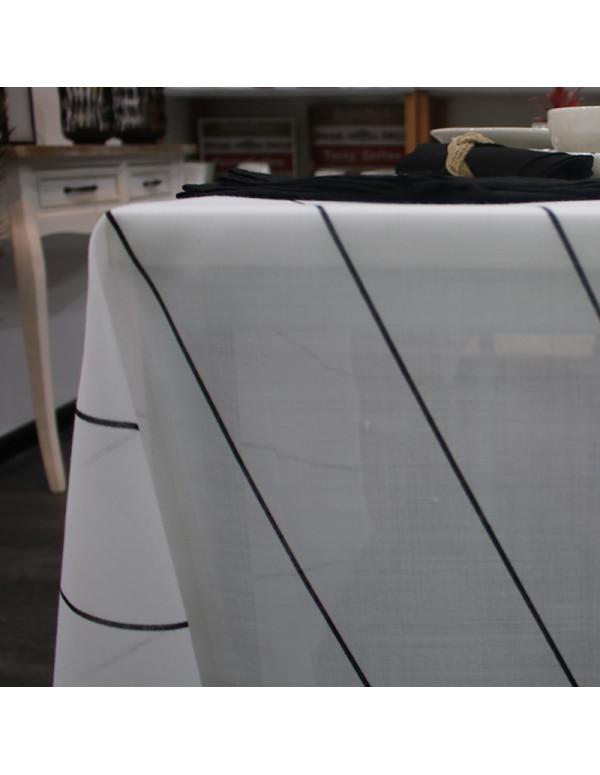 Nappe rayée noir et Blanc + 6 serviettes en noir